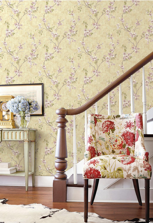 Wallpaper Envy -  big floral prints on your walls