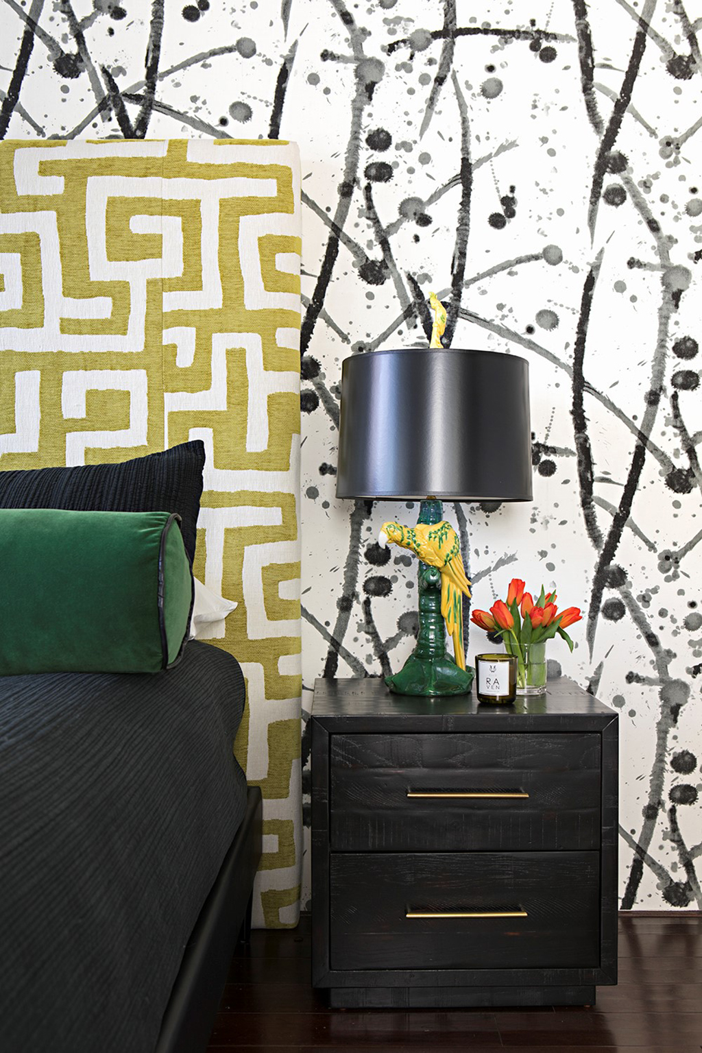 This eclectic, modern space shows that you can play with multiple shades and patterns in a room and it all comes together perfectly. Designed by DI graduate Kelly Hinchman of Studio H Design Group.