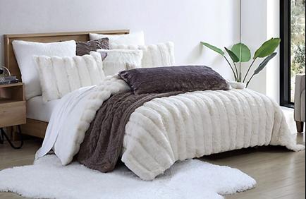 UGG® Landers Faux Fur 3-Piece Comforter Set